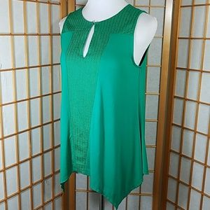 Adrianna Papell green asymetrycal hem tank top